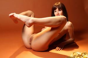 Met Art Nude Model - Cris Hetni