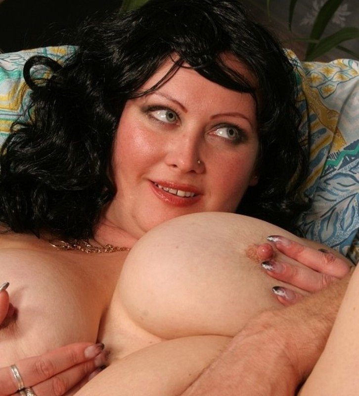 Andy - Big tits Mom, first casting