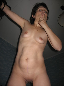 http://img30.imagetwist.com/th/20534/fjweqtzcrw84.jpg