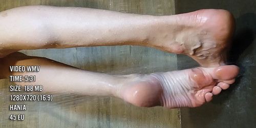 Wet big feet