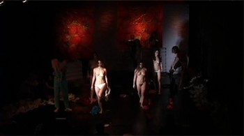 Celebrity Content - Naked On Stage - Page 6 Kbmaj69nxjxo