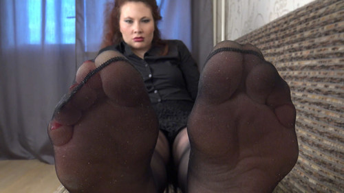 Theodora - huge feet in stockings! Full HD
