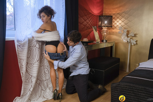 Melody Petite - Two cumshots for gorgeous Latina