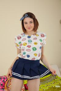 Slava - Kissable Girl -46r9hfdubd.jpg