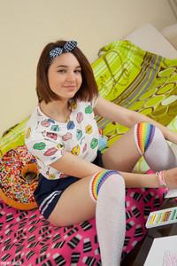 Slava - Kissable Girl -n6r9het3xk.jpg