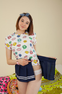 Slava - Kissable Girl -w6r9hfiu4m.jpg