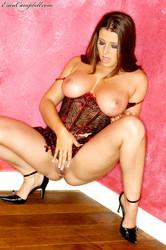 Erica Campbell - The Pink Room -u6r9hrakqo.jpg