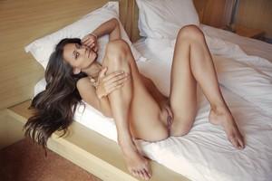Tristana A - Leggy -a6r9h7qua3.jpg