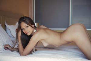 Tristana A - Leggy -w6r9h8giu2.jpg