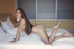 Tristana A - Leggy -16r9h8hze0.jpg