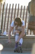 Maisie Williams (Game of Thrones) upskirt pics