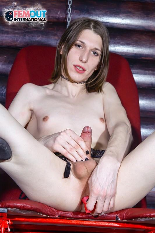 Meet Kinky Renata Paller (6 January 2018)
