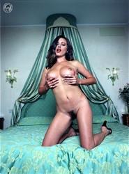 Kyla Cole - Venetian Room  h6rke4s37c.jpg