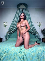 Kyla Cole - Venetian Room i6rke4uvr2.jpg