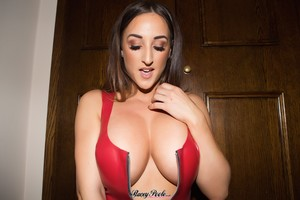Stacey-Poole-Red-Latex--k6rk8mx1w7.jpg