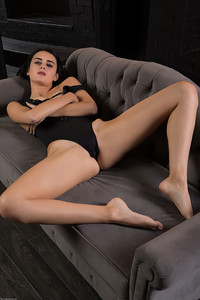 Mona-Luce--r6swbocnpc.jpg