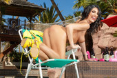 August Ames - The Thirst Is Real (solo)