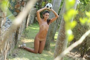 Cira Nerri - Football Queen  i6rmhf0xwj.jpg