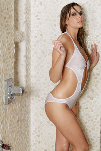 Adrienne Manning - Squeeky Clean  l6rssxx7nw.jpg