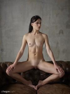 Grace - Erotic Exploration  46rspguth7.jpg