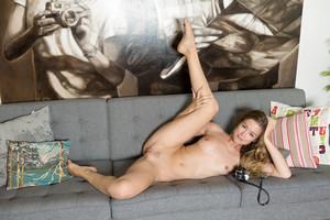 Olivia Preston – Enalde  w6rtqxp7up.jpg