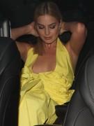 Margot-Robbie-nice-nipslip-pics-x6o01fnyyl.jpg