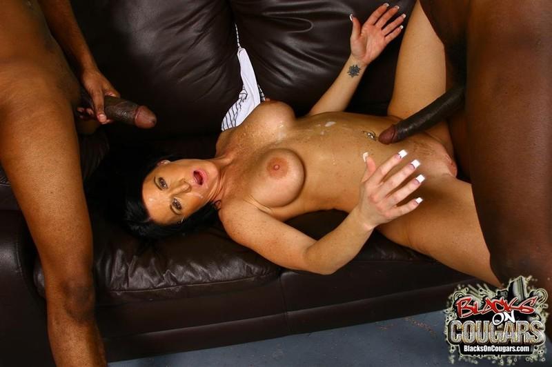 Girl receives erotic massage