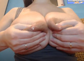 Marylyn -webcam- Huge areolas.