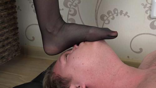 Nikki - sexy trampling in lingerie Full HD
