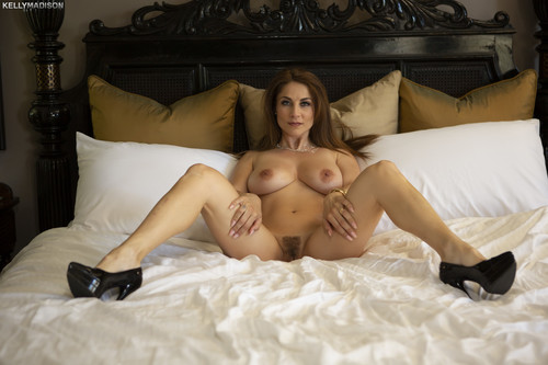 Kelly Madison - Roberta Gemma (The Wife And Boss)