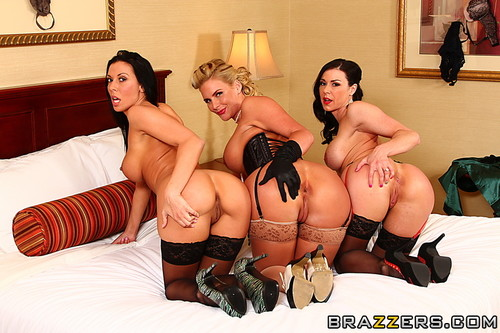 [HotAndMean / Bra_ZZ_ers] Rachel Starr & Phoenix Marie & Kendra Lust (ping at the Keyhole / 02.07.13) [2013 , Anal, Threesome, Lesbian, Femdom, First Time Girl/Girl Anal, Feet, Sex Toys, Raven, Big Tits, Bubble Butt, Big Ass, MILF,