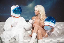Brittany-Andrews-Full-Moon-277x-2495x1663-76tpee6irk.jpg