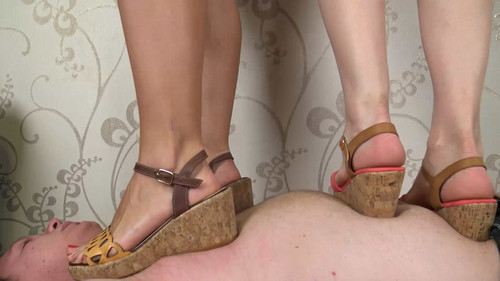 Nikki & Tiffany - double sandals trampling Full HD