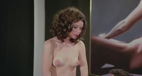 Lori Lethin  nackt