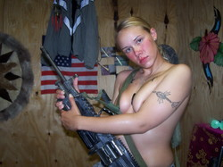 us army nude Female N**e Photo Sharing Scandal Hits US Military Marines ...