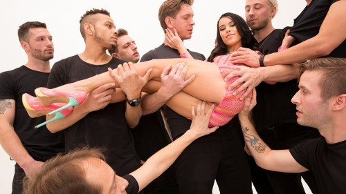 [JulesJordan] Megan Rain Slutty Teen In A 10 Cock Blowbang! It's RAINING Cum! (09.05.2016) [Blow Bang, Blowjobs, Brtes, Deep Throat, Facial, Group Sex]