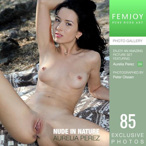 Aurelia Perez - Nude In Nature (25-01-2019)