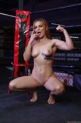 Sloan-Harper-Boxing-Babe--r6u77uf1zk.jpg