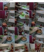 LadyFoxxx_Backstage_Footage_-_I_Cook_My_Lunch.mp4.jpg