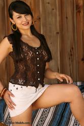 -Sophia-Jade-White-Mini-Skirt-%28185-Photos%29-g6utnmge3y.jpg