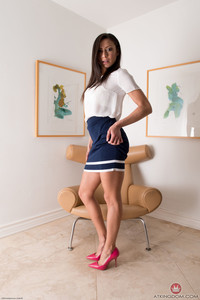 Cassie Del Isla @mk!ngd0m - Upskirts And