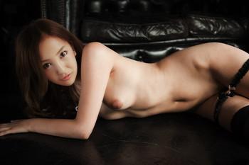 Tomomi Itano fake nude photo